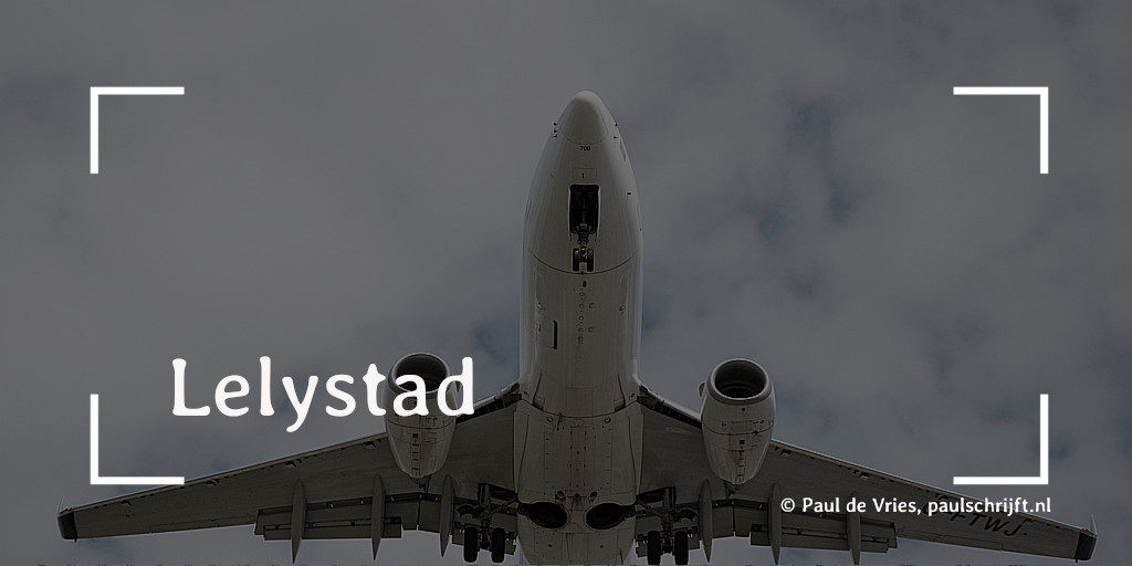 Opstijgend Vliegtuig Lelystad bij een column van Paul Schrijft. Foto: Matthew Grapengieser Visual Hunt